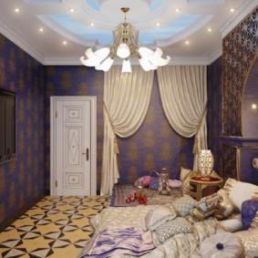 salle intérieure dans la conception d'idées de style oriental