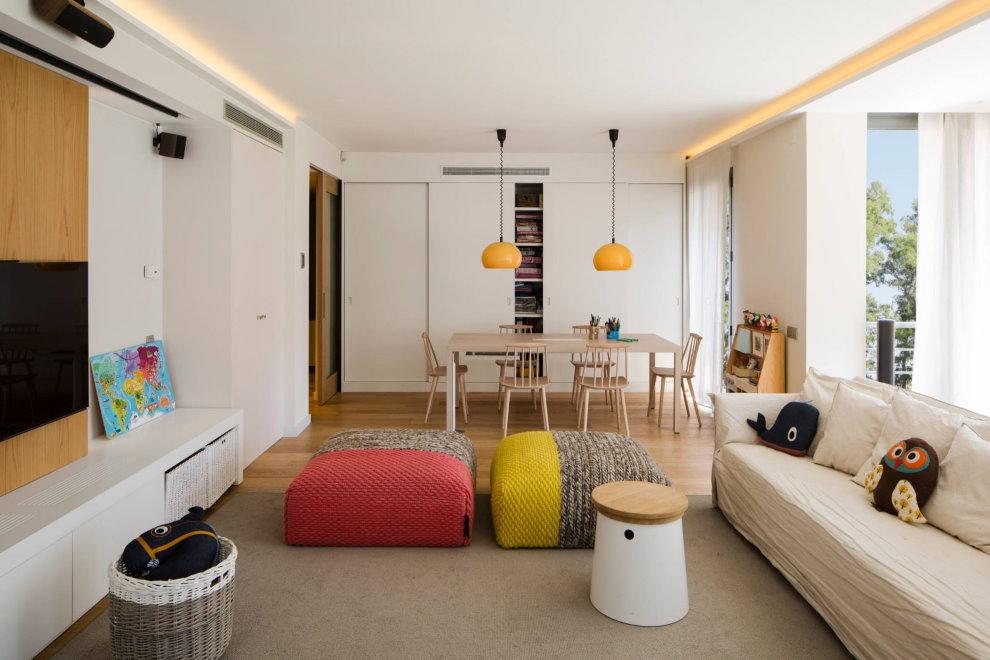 Phân vùng phòng khách với đèn dây dài