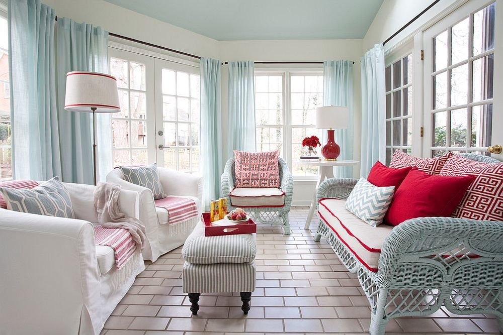 rideaux dans le salon de style scandinave