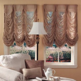 rideaux dans le hall pour deux fenêtres décor photo