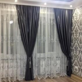 rideaux dans le couloir sur deux fenêtres idées intérieures