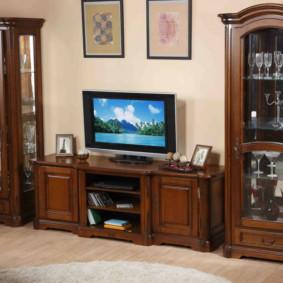 mur TV classique