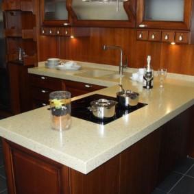 table en pierre artificielle dans les idées de conception de cuisine