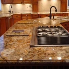table en pierre artificielle dans la cuisine types de photos