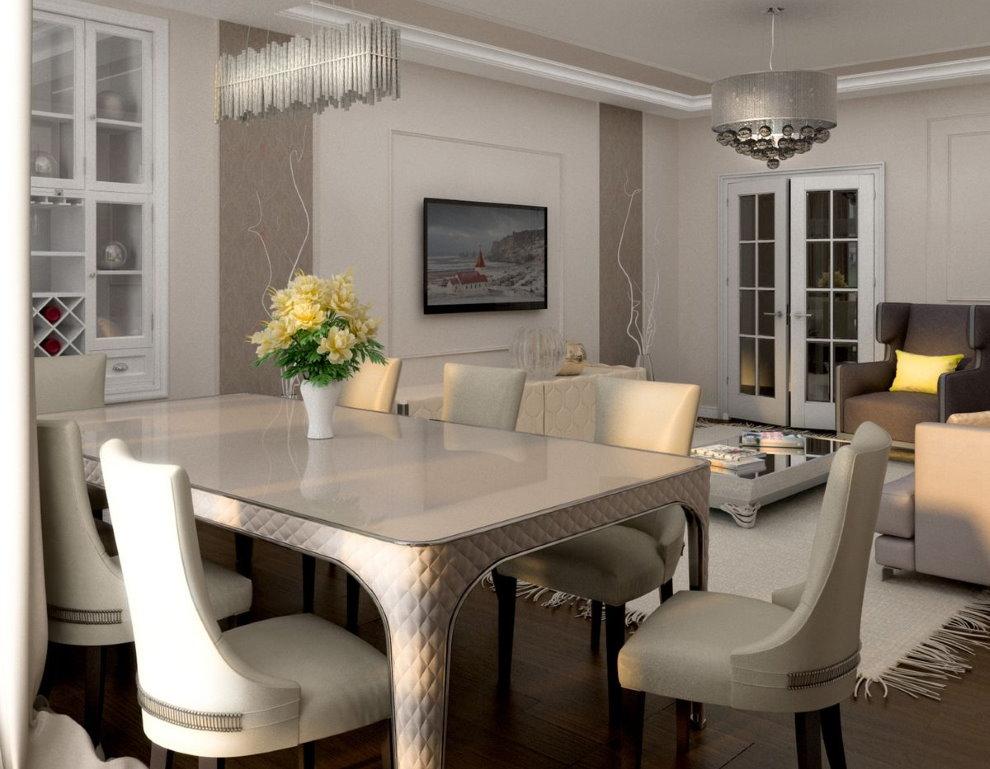 Table à manger dans le couloir d'un appartement de deux chambres