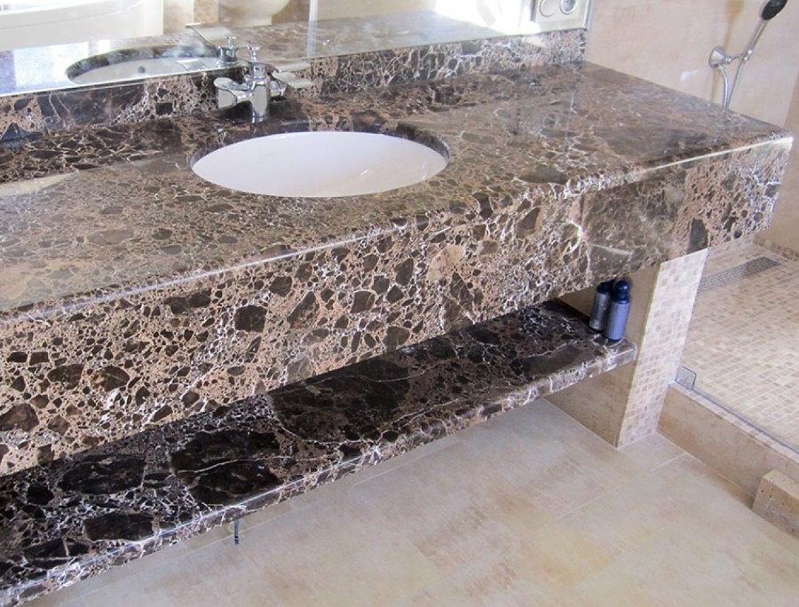 Kệ dưới bồn rửa bằng đá nhân tạo