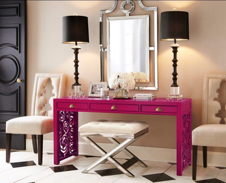 Coiffeuse rose avec miroir pour la chambre