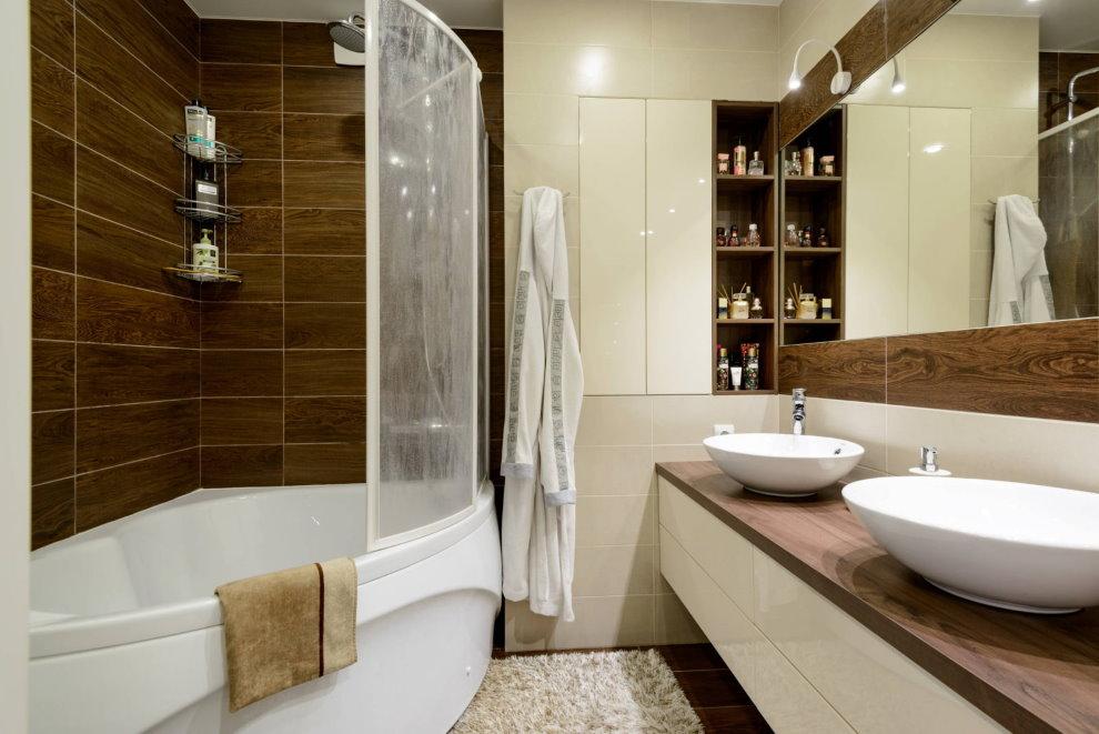 Deux lavabos dans une salle de bain de style moderne