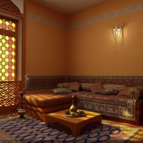salle intérieure dans des options de décoration de style oriental