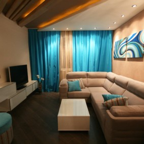 petit salon avec double rideaux
