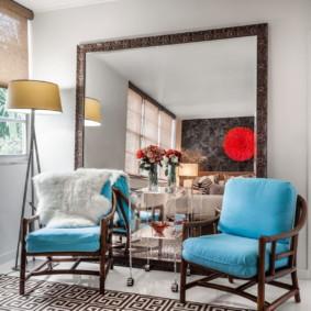 gương trong nội thất của thiết kế hình ảnh phòng khách