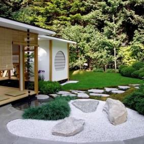 Jardin de rocaille de style japonais