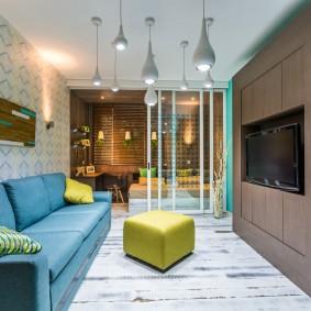 Étagères intégrées au bout des meubles à ossature