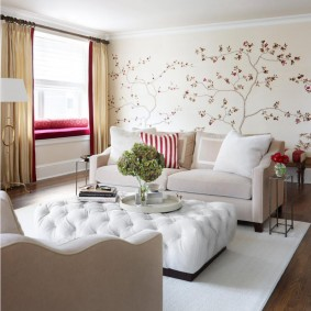 Meubles blancs dans un salon moderne