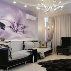 Papiers peints sur le canapé dans le hall