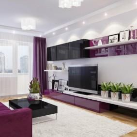 Couleur violette à l'intérieur du salon