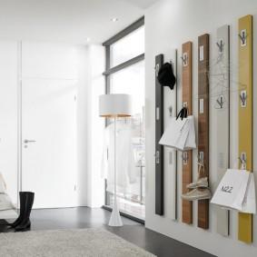 cintres muraux dans la conception de photo de couloir