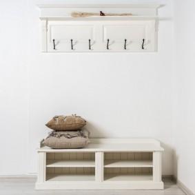 cintres muraux dans les idées de décoration de couloir