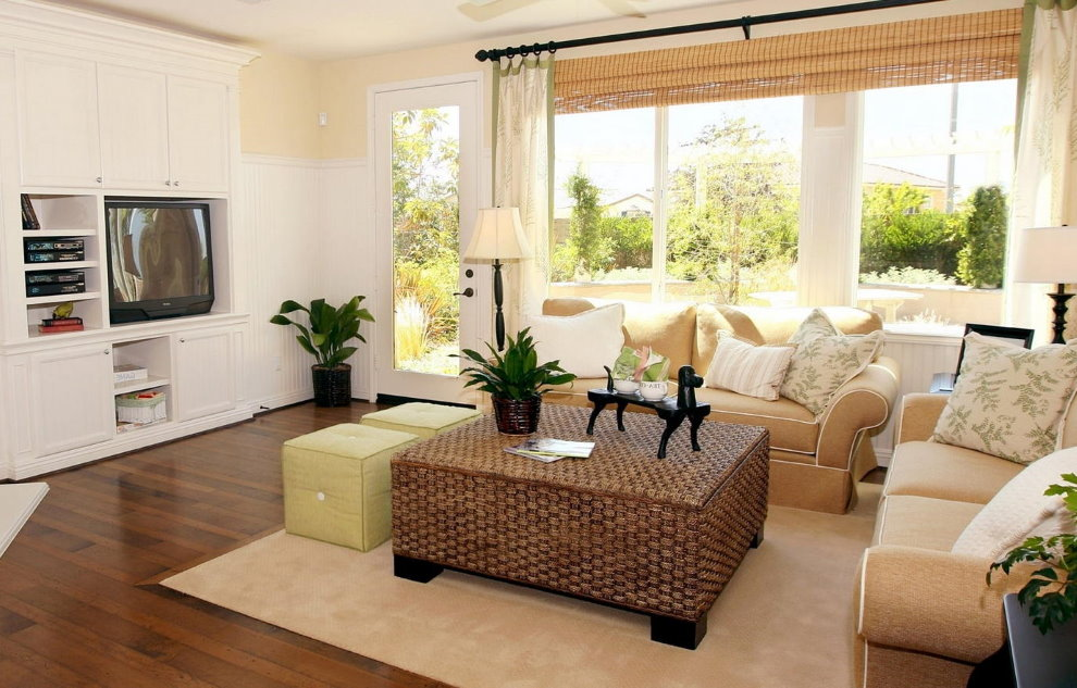Petite salle dans une maison privée d'un étage