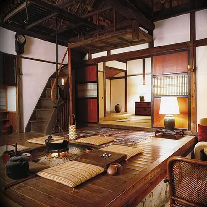 Un petit salon dans une maison japonaise