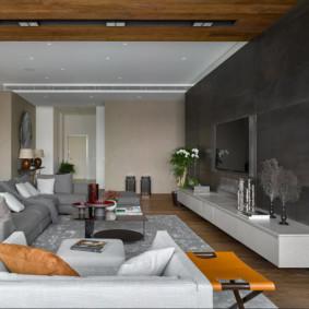 Dầm gỗ trên trần phòng khách