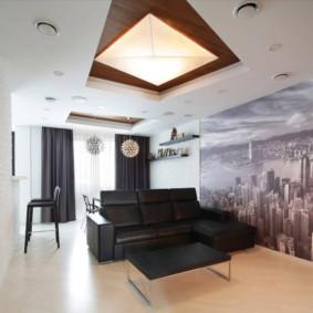 Bức tranh tường trên tường trong phòng khách