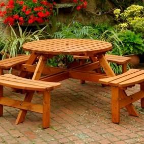 Meubles de jardin en bois naturel