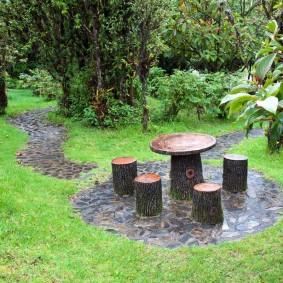 Meubles de jardin en moignon de bois