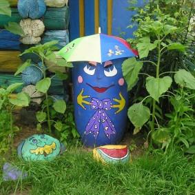 Éléments décoratifs dans le jardin