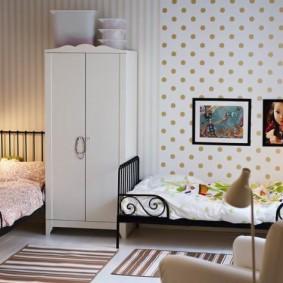 Une chambre confortable pour les petits enfants