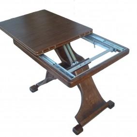 Mécanisme de table pliante