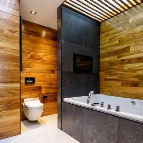 Stratifié à l'intérieur de la salle de bain combinée