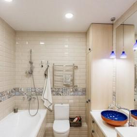 Plancher de salle de bain de style patchwork