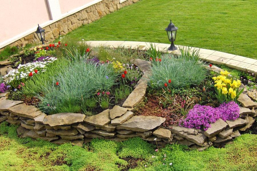 Utilisation de la pierre naturelle pour la décoration de jardin