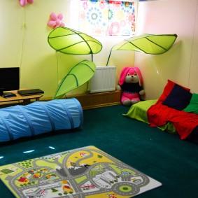 jeu chambre d'enfants photo espèces