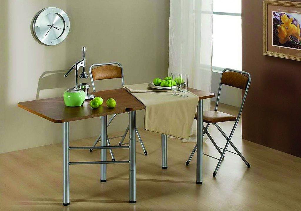 Table de livre pliante pour un salon moderne