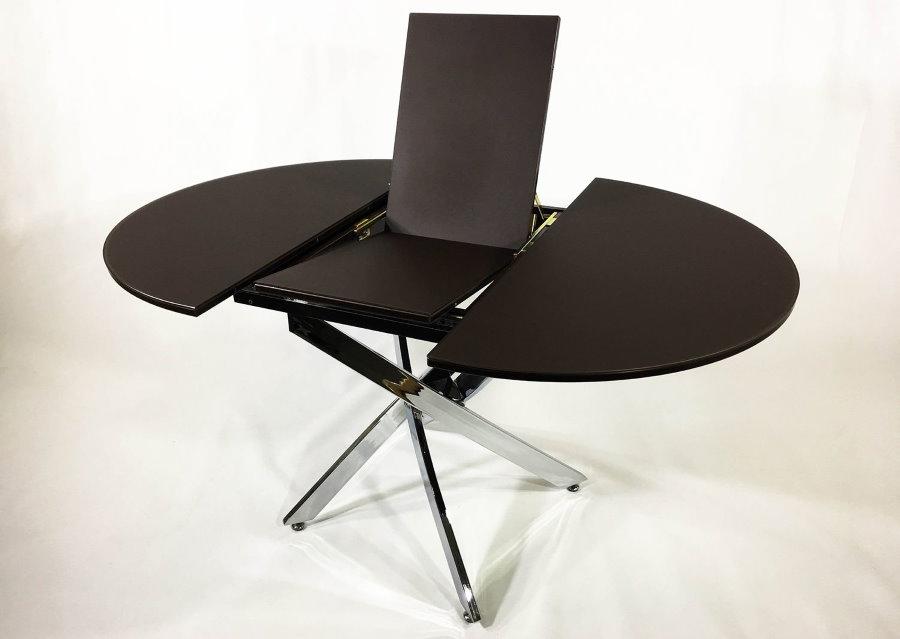 Table transformable en verre noir pour le salon