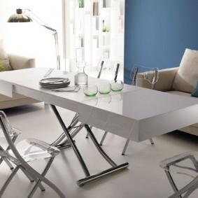 Table pliante étroite