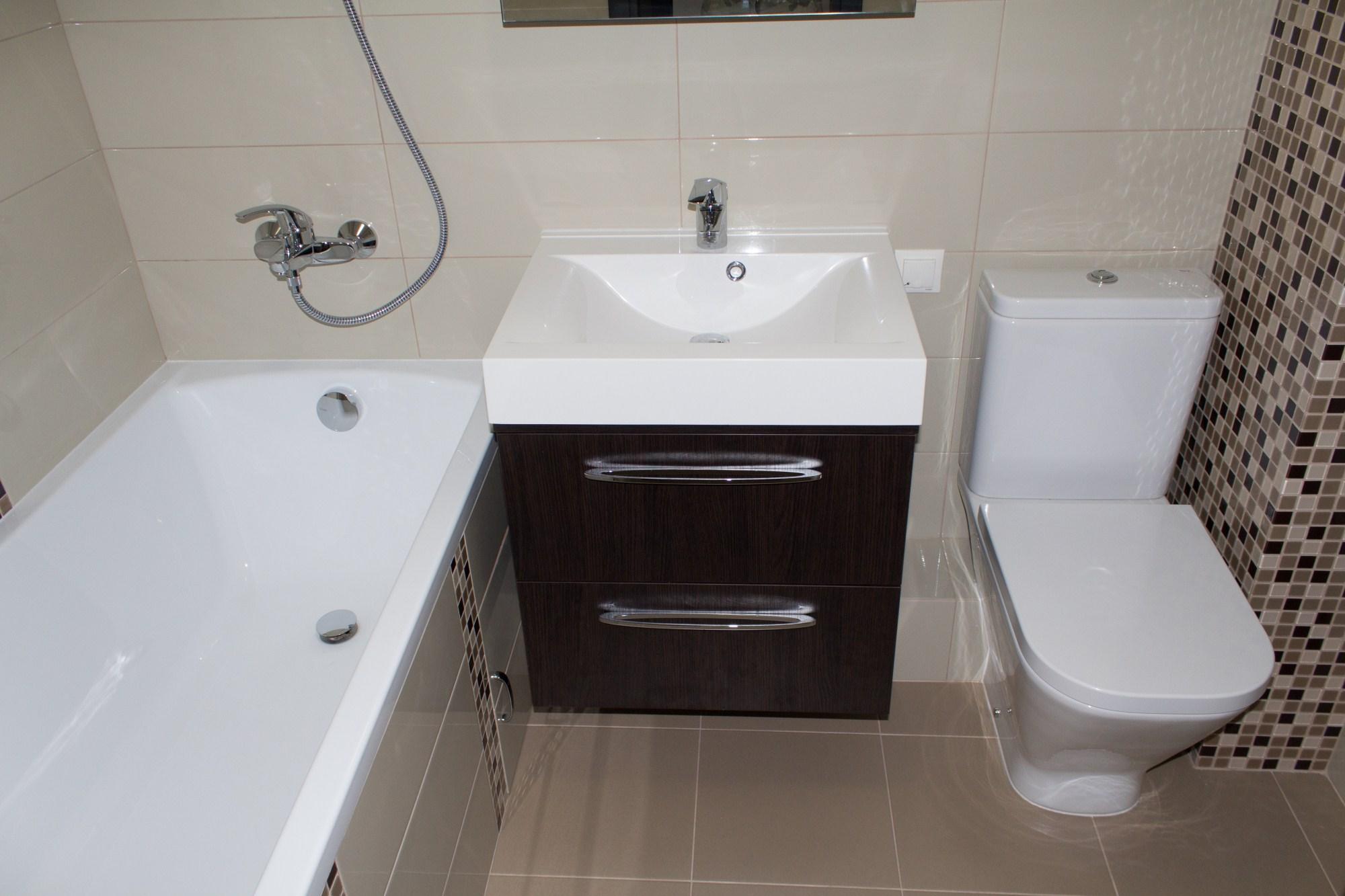 Phòng tắm ở Khrushchev kết hợp với nhà vệ sinh