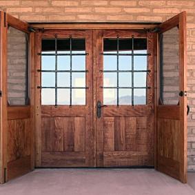 portes d'entrée en bois types de conception