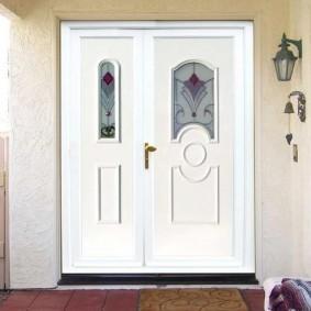 portes d'entrée en bois photo d'intérieur