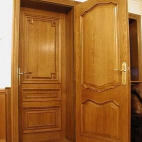 portes d'entrée en bois