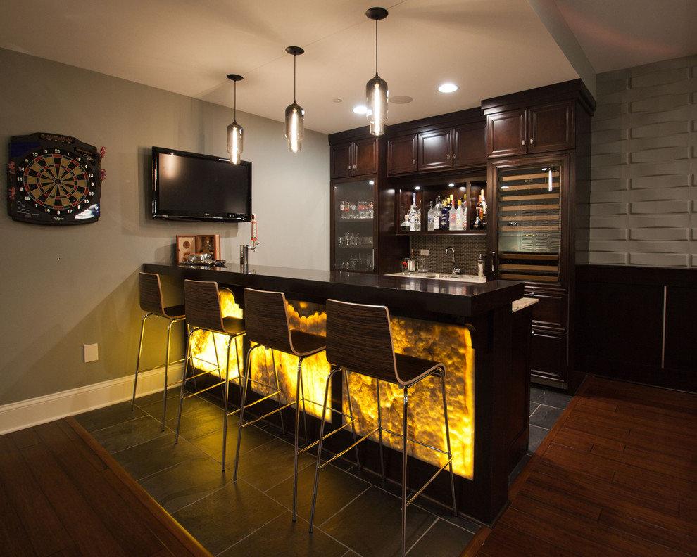 Zonage de la cuisine-séjour avec un bar rétro-éclairé