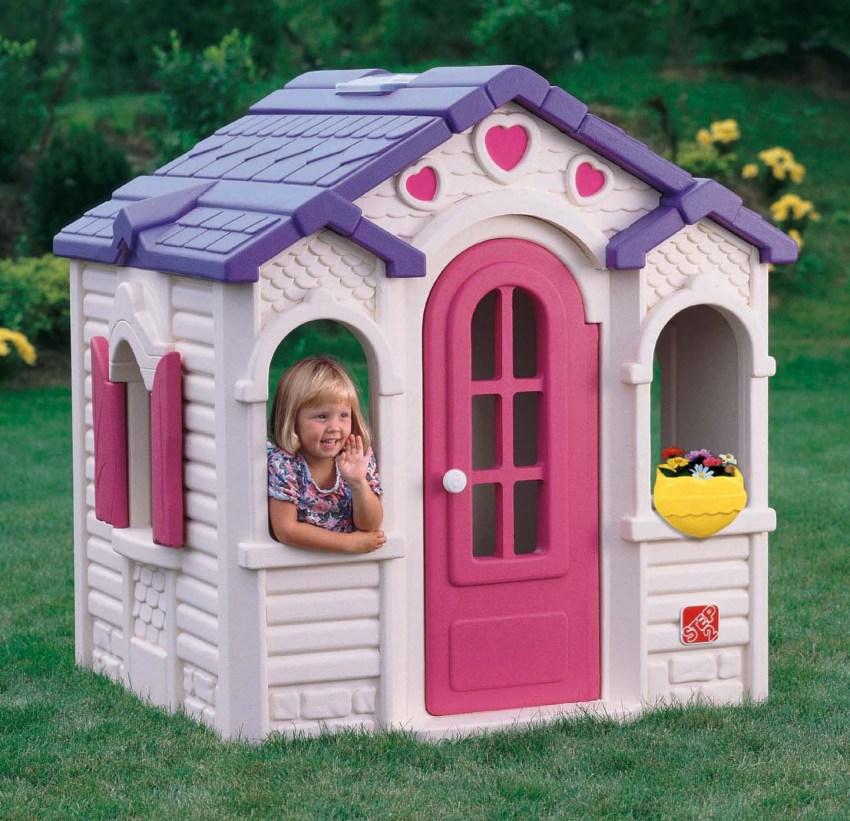 maison en plastique pour enfants