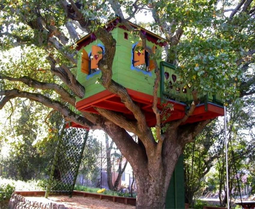 cabane dans les arbres pour les enfants