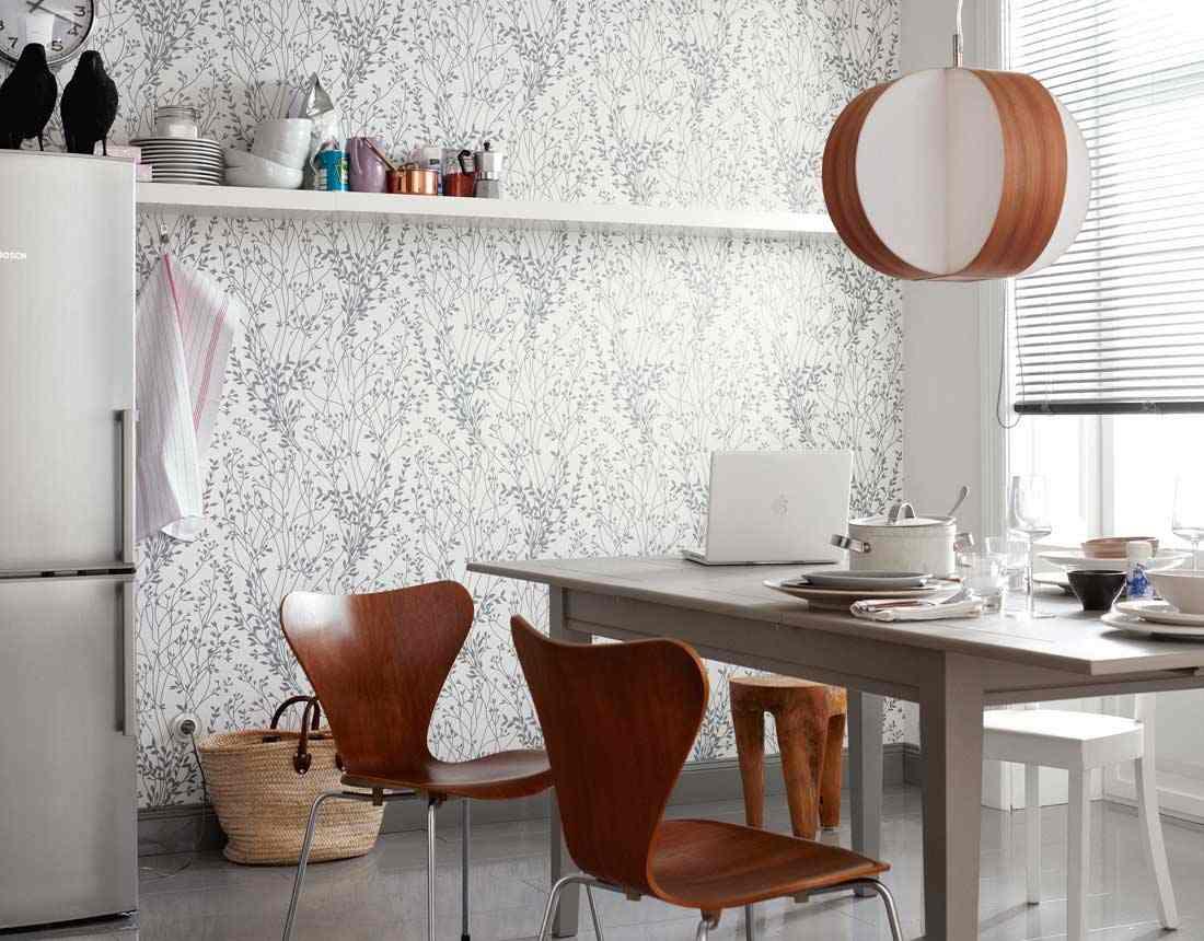 papier peint en vinyle dans la cuisine
