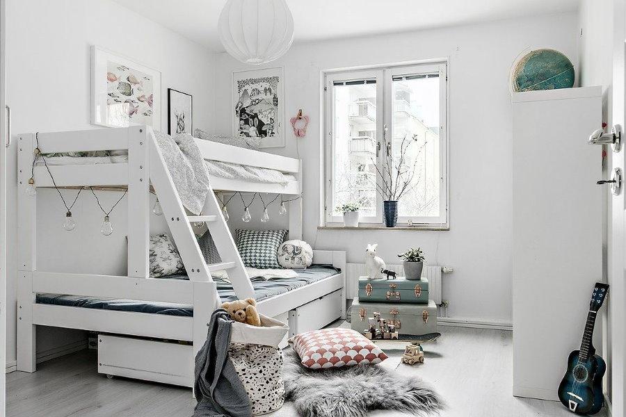 Chambre d'enfant de style scandinave blanc
