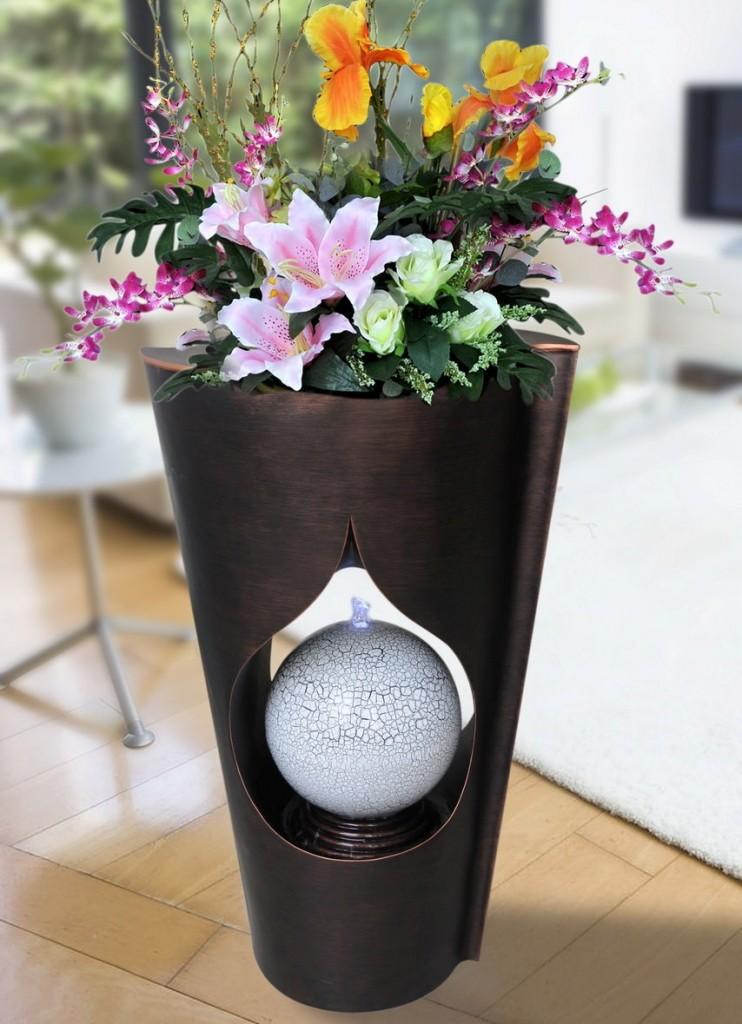 Fontaine de table en forme de vase à fleurs