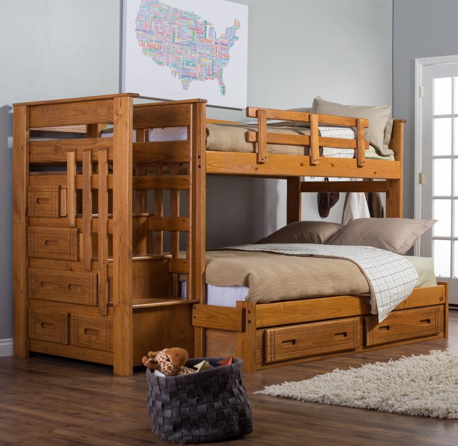 Meubles en bois dans une chambre pour deux enfants