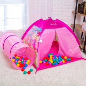 tente maison pour enfants avec des idées de ballons